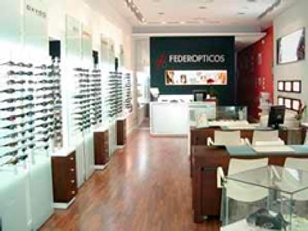 Federópticos irrumpe en el mercado colombiano de franquicias